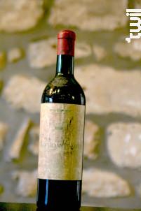 Mouton Cadet - Baron Philippe De Rothschild - 1957 - Rouge