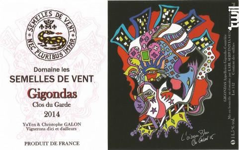 Gigondas - DOMAINE LES SEMELLES DE VENT - 2014 - Rouge