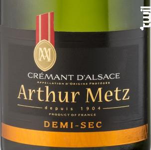 Crémant Demi Sec - Arthur METZ - Non millésimé - Effervescent