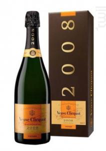 Veuve Clicquot Vintage Brut  Etui - Veuve Clicquot - 2008 - Effervescent