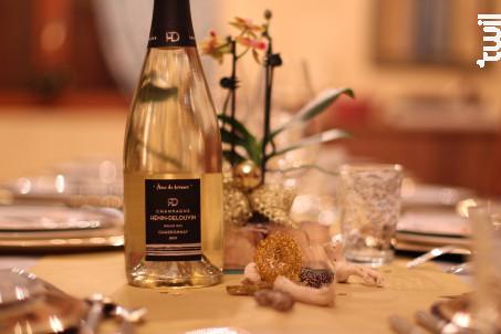Brut Chardonnay Grand Cru - Champagne Hénin-Delouvin - Non millésimé - Effervescent