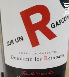 Sur un R Gascon - Domaine Les Remparts - 2018 - Rouge
